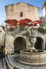 Fontaine à Saint-Paul-de-Vence (DHaug) Tags: vacation monument fountain canon july côtedazur historic getty provence fontain gettyimages 2010 xsi stpauldevence provencealpescôtedazur grandefontaine
