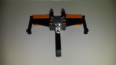 20160424_001539 (p13c30fch33s3) Tags: starwars lego mini xwing poes resistance t70 30278