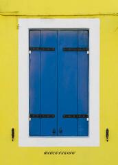 Yellow and blue (markopagano) Tags: venice color yellow photography photo nikon photographer blu like finestra giallo dslr venezia burano nofilter dslrnikon nikonclub photoofday nikonphotography dslrphotography photonikon nikonphoto nikonitalia nikond3300 d3300 nikonitaly nikontop