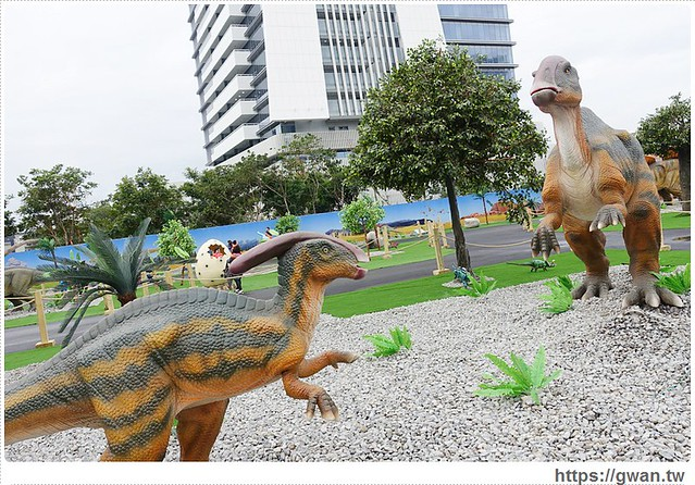 24041670125 d8ddf82232 z - [台中展覽●西屯區] 台中侏儸紀樂園–全台唯一戶外大型恐龍展,展期2015/12/18~2016/3/17 ♪ 來看會動的恐龍