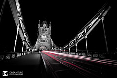 London (dreamturephotos) Tags: bridge light red bw white black london night puente luces noche bn londres