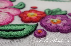 KikaBordados Kika  Krauss 149 (Kika Bordados by Angelica Krauss) Tags: flowers flores frutas fruits branco cores crochet craft bordados bordado croche panosdepratos bordadosfeitomo kikabordadoskikakrauss