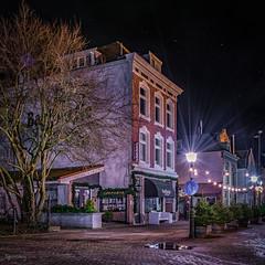 "Hellevoetsluis - Barbiertje en Kerkstraat • <a style=""font-size:0.8em;"" href=""http://www.flickr.com/photos/126463948@N07/24255749075/"" target=""_blank"">View on Flickr</a>"