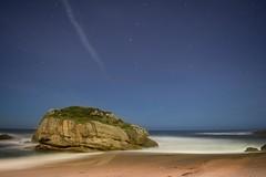 Playa Estao (Asturias) (Dahuca) Tags: longexposure beach stars nikon asturias playa estrellas gijon estao largaexposicion flick500 playanoche d5200 largaexposicionnocturna playaestao longexposureoftheday asturiasgrafias d5200nikon asturgrafias asturiasig asturnature asturfoto
