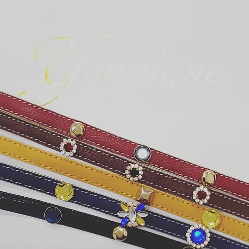 Cinturine gioiello con applicazioni intercambiabili. Borchie, swarovski, pietre, puoi metterci tutto! #bijoux #cinture #pelle #fashionjewellery #leather #colors #dress #outfit #Look #lofi #designers #like4like #friends #instamood