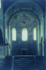 Interior of castle church of Spiez (Davide Seddio) Tags: switzerland romanesque spiez schlosskirche castlechurch cantonofbern