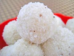 Cheese coconut laddu recipe by Sameer Goyal (Sameer Goyal Jaipur) Tags: indiansweets dessertrecipes sweetrecipes vegrecipes fastingrecipes jaipurthepinkcity ekunji coconutladdurecipe cheesecoconutladdurecipe