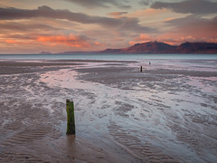 Scalpsie Bay (Damian_Ward) Tags: ocean morning sea mountains beach photography coast scotland seaside seafront arran bute isleofbute scalpsiebay argyllandbute soundofbute damianward buteandargyll eileanbhid eileanbhdach damianward