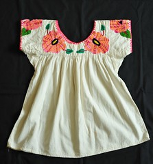 Mexican Blouse Sola de Vega Oaxaca (Teyacapan) Tags: flowers mexico mexican textiles embroidered ropa oaxacan blouses blusas soladevega