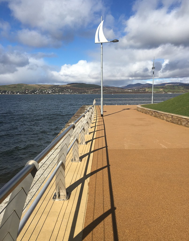087 - Sunshine on Gourock