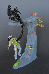 The Hunted (Grantmasters) Tags: lego alien predator avp moc xenomoprh