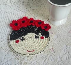 poppy flower girl crochet coaster1 (MonikaDesign) Tags: handmade crochet homedecor tabledecor kitchendecor crochetcoaster poppydoll flowercoasters monikadesign poppycoaster redpoppygirl crochetpoppycoaster