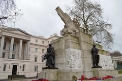 Royal Artillery memorial (Matt From London) Tags: sculpture memorial war gun wellingtonarch hydeparkcorner royalartillery jaggers