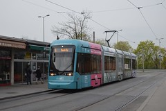 Variobahn Graz (danielhak) Tags: holding 5 linie graz zentralfriedhof bim variobahn hgl strasenbahn