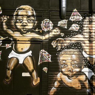 Gold baby and diamonds graffiti #whynot #eastlondon #bricklane #sunny #baby #boy just #enjoying my #life #bricklane #shoreditch #gold