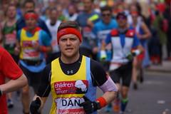 LONDON MARATHON 24.04.2016 - DSC05502 (JULIAN MASON) Tags: isleofdogs westferryroad londonmarathon virginmoney julianmason marathon 2016 london run running race charity docklands virgin 2016londonmarathon londonmarathon2016 240416 24042016 phototakenbyjulianmason photobyjulianmason