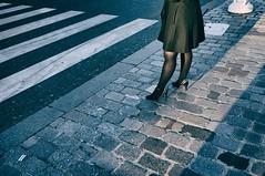 Minute Parisienne (Calinore) Tags: city woman paris france shoes legs pavement femme ville jambes chaussures trottoir feminity escarpin feminite hightheelshoes
