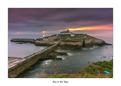 Faro de isla Tapia... (Canconio59) Tags: espaa lighthouse faro island spain asturias isla tapiadecasariego canconio59 farodeislatapia