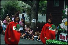 1201620.jpg (tombojin) Tags: appleblossomfestival winchesterva fujiprovia400 asahipentaxspotmatic zeisstriotar135mmf4