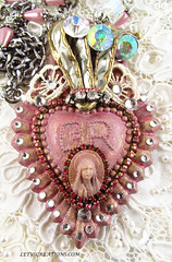 Immaculate Heart of Mary (inspirational) Tags: handmade handcrafted virginmary artisan exvoto virgenmaria immaculateheartofmary religiousjewelry catholicjewelry catholicalteredart inmaculadocorazondemaria joyeriareligiosa joyeriacatolica collarcatolico catholidnecklace