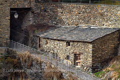 Andorra rural history: Canillo village, Vall d'Orient, Andorra (lutzmeyer) Tags: pictures old winter building history architecture rural photo arquitectura foto dorf village image photos pueblo images oldhouse fotos architektur tele invierno february febrero oben unten historia andorra antic bilder pyrenees februar iberia pirineos pirineus architectura febrer pyrenen 800mm historisch imatges hivern poble bedeckt historiccentre bedeckterhimmel historischeszentrum canoneos7d dorfkern 500mmcrop valldorient canillocity lutzmeyer lutzlutzmeyercom