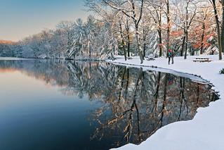 A Snowy Kiss