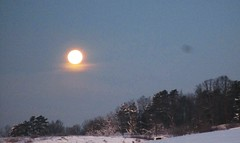 morning moon setting 01242016 (mountaineer life) Tags: county wood morning winter snow storm cold ice weather snowstorm january wells wv westvirginia mineral snowfall jonas moonset parkersburg 2016 mineralwells