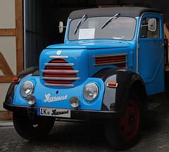 Oldtimer, made in GDR (sirona27) Tags: oldtimer blau gdr fahrzeug lkw phnomen nutzfahrzeug baujahr1956 garant30k vebroburwerkezwickau