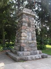 Berrien Springs Memorial (FotoGuy 49057) Tags: monument michigan berriensprings spanishamericanwar