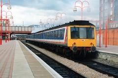 51885 + 59659 + 59761 + 51665 (Sparegang) Tags: britishrail marylebone dmu networksoutheast 51665 51885 59659 59761 class115 derbysuburban