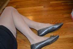 baigris02 (J.Saenz) Tags: ballet woman feet stockings foot mujer ballerina shoes hose zapatos flats pies bas pieds pantyhose slippers medias nylons zapatillas calze sabrinas bailarinas merceditas ballerine collant pantys fetichismo hosery ballettschuhe manoletinas podolatras