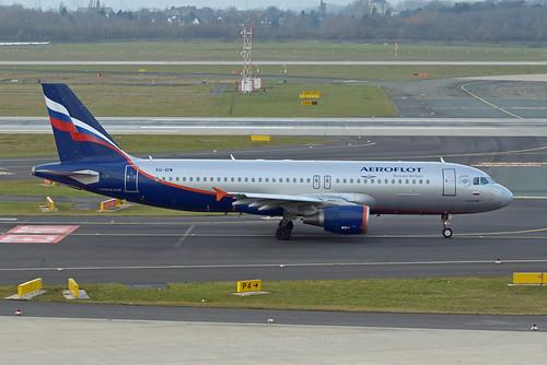 Aeroflot Airbus A320-214 VQ-BIW  V. Glushko