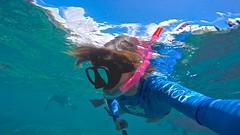 Blue Water (minimi007) Tags: sea summer woman water sunshine outdoors hawaii us day underwater diving maui scubadiving lanai watersport gopro goprohero kesa snorkeln gopro4 gopro4black