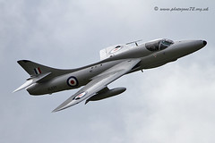 9923 Hunter (photozone72) Tags: canon aircraft aviation 7d hunter airshows dunsfold hawkerhunter dunsfoldpark vintagejet midairsquadron