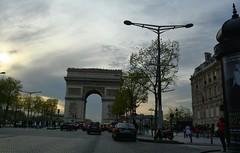 Paris Sunset (edouardtamba) Tags: france tourism de nikon travellers champs arc triomphe tourist lyse nikond5200