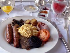 Full Irish Breakfast (Pavlovian Dog) Tags: ireland irish black breakfast sausage adare irishbreakfast adaremanor adareireland fullirishbreakfast blacksausage