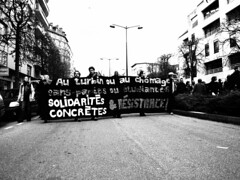 Manifestation 09-04-16 Rennes - Bomber - www.alter1fo (48) (alter1fo) Tags: de rebel chaos travail violence rvolution rebellion incident fo march rennes barre tudiants manifestation sud fer loi crs tudiant cgt bless cagoule gouvernement policire meutes solidaire lices syndicat dbordements casseurs emeutes saccage dbordement