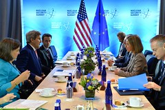 Secretary Kerry Meets With EU High Representative Mogherini at the 2016 Nuclear Security Summit in Washington (U.S. Department of State) Tags: eu johnkerry europeanunion nss tomsullivan federicamogherini nss2016 victorianuland torianuland