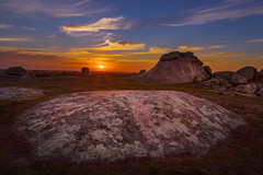 Sunset At Dog Rocks (KimTalento) Tags: sunset canon landscape photography gold australia victoria aussie fullframe dslr canoneos goldenhour downunder warmlight canonllens vanishinglight ef24105mm dogrocks canoneos6d