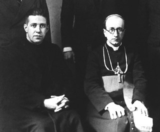 03. Junto a Manuel Larraín, ex obispo de Talca