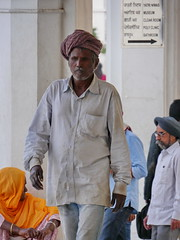 SikhTempleNewDelhi042 (tjabeljan) Tags: india temple sikh newdelhi gaarkeuken sikhtemple gurudwarabanglasahib