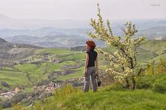 Dimensioni (Micoma2009) Tags: primavera panorami orizzonti montecarpegna camminatefotografiche