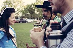 'O chimarro do meu povo..' (Suzana Fernandes Fotografia) Tags: santa costume drink maria amizade mate chimarro campanha bebida gaucho ch prenda erva gacho tradio ufsm