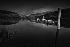 Yr Wyddfa o Llyn Nantlle (mwng99) Tags: park sunset white lake black reflection landscape boats boat fuji post national snowdon fujifilm dwr snowdonia parc hitech wyddfa eryri llyn nantlle formatt machlyd xt1 cenedleuthol