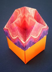 Box with a rhombic dimpled lid (modular.dodecahedron) Tags: tomokofuse origamibox