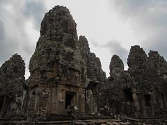 "Angkor: le Bayon <a style=""margin-left:10px; font-size:0.8em;"" href=""http://www.flickr.com/photos/127723101@N04/23668660424/"" target=""_blank"">@flickr</a>"