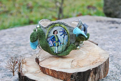 Flower elf (~Gilven~) Tags: flowers blue green leaves forest linen embroidery jewelry elf bracelet swarovski foggyforest swarovskipearl