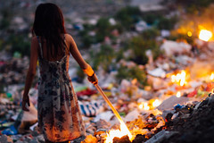 Girl Starting Trash Fire, Cebu City Philippines (AdamCohn) Tags: girl fire garbage flames philippines flame cebu cebucity fires landfill trashfire garbagefire adamcohn wwwadamcohncom