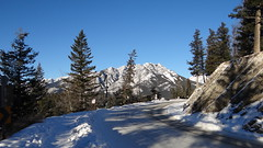 Very slippery road but so beautiful between the mountains with all that snow (mj.aalbrecht) Tags: road banff slippery