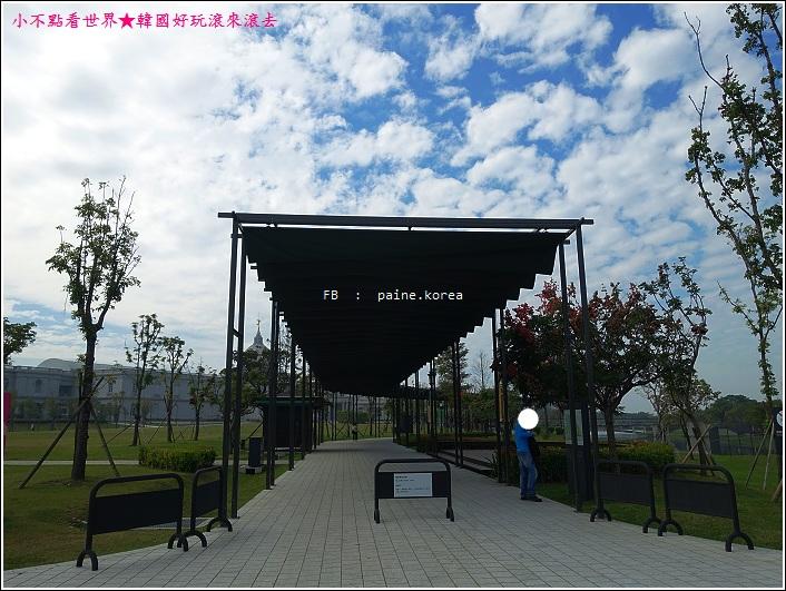 台南奇美博物館 (1).JPG